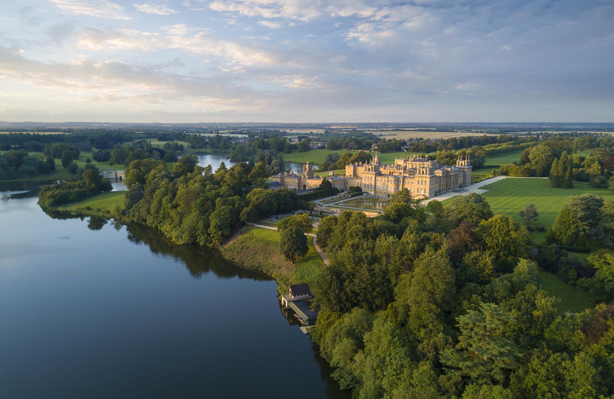 Blenheim palace aerial summer lake water terrace love water for Summer lake